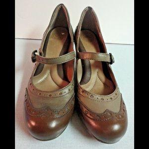 Nurture shoes Li rather 2 tone Mary Janes sz 7 M
